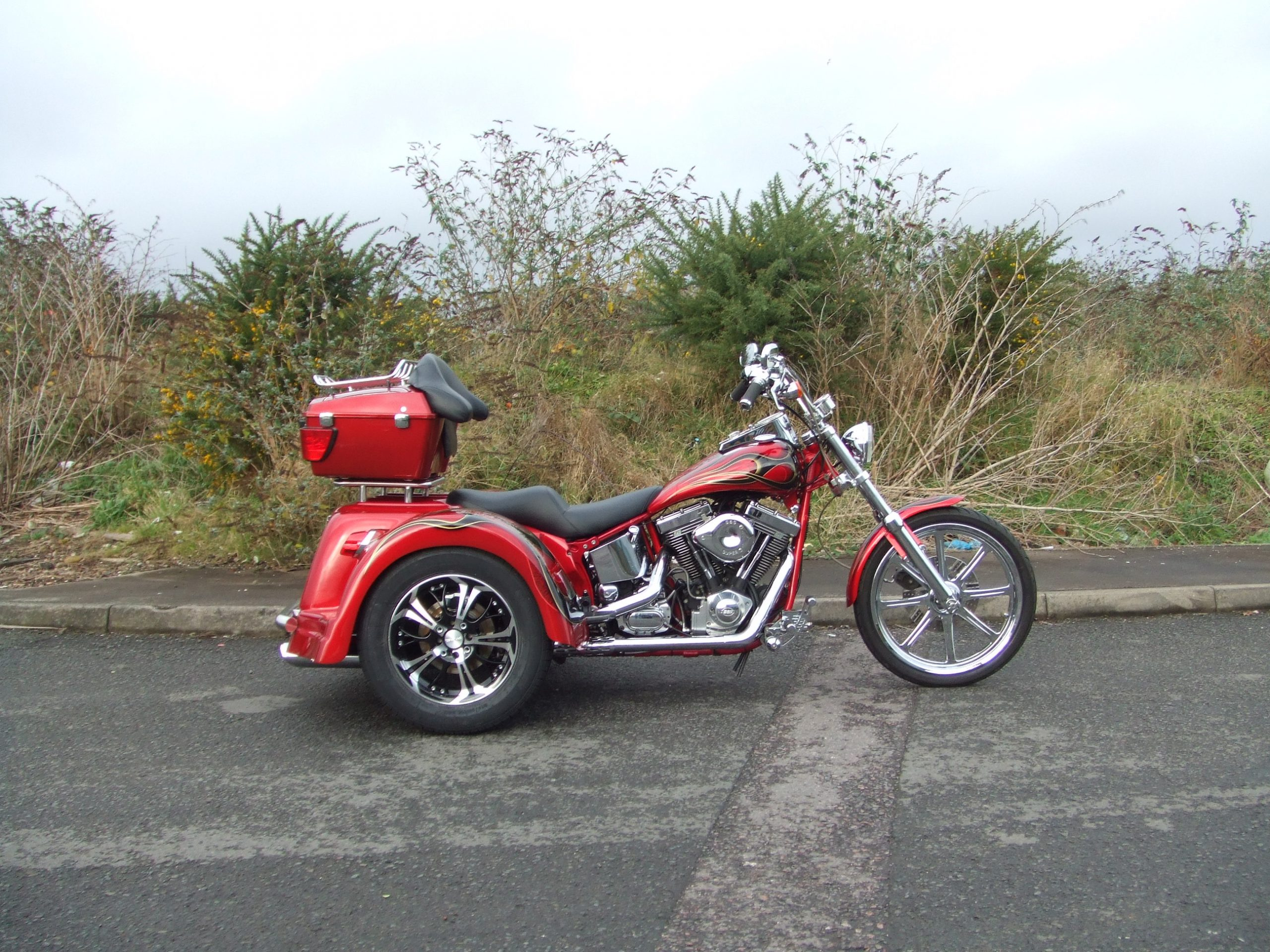 Red Bodied Softail (2)